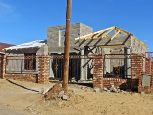 1 Aug14 - house under construction