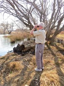 11Aug14 - E Dummer checking wildlife