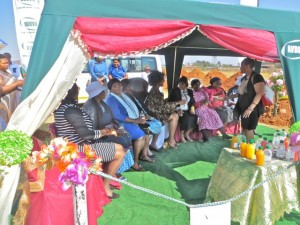 27sept14 - women in tent