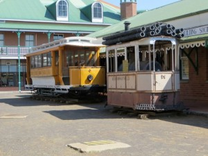 oct14 - Kim - Trolley Cars